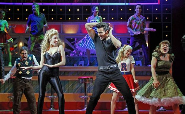 Uno de los tributos realizados a Grease.