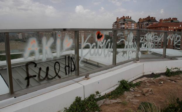 'Libertad presos antifascistas': una pintada, la única incidencia de la mañana - La Rioja
